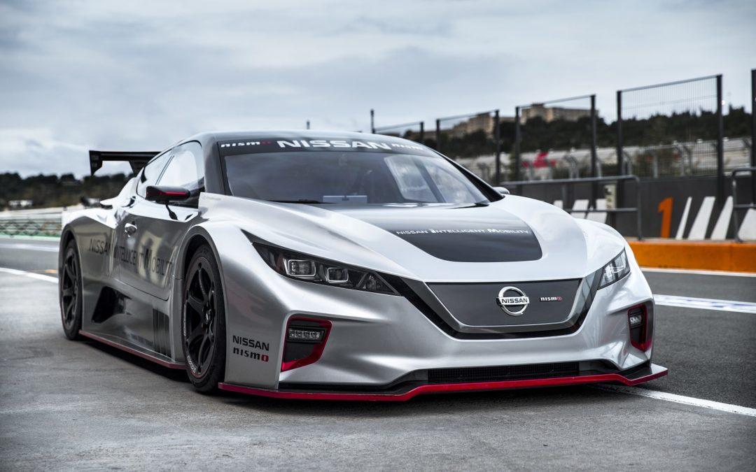 Nissan: adrenalina in pista