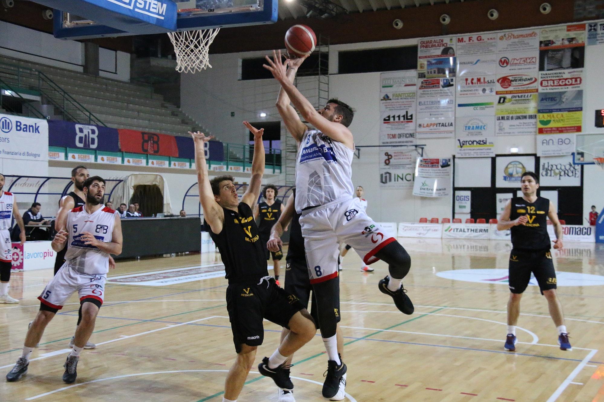 Riprende la marcia vincente del Bologna Basket 2016