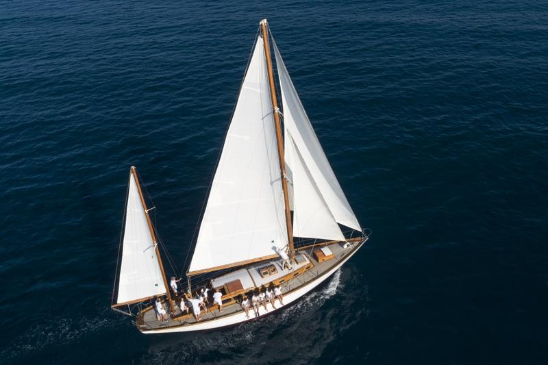 La barca storica Beatrice donata al Comune di Imperia