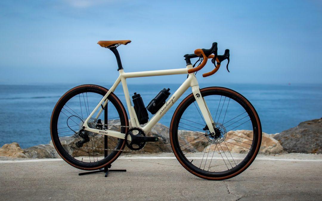 La luxury e-bike più leggera del mondo
